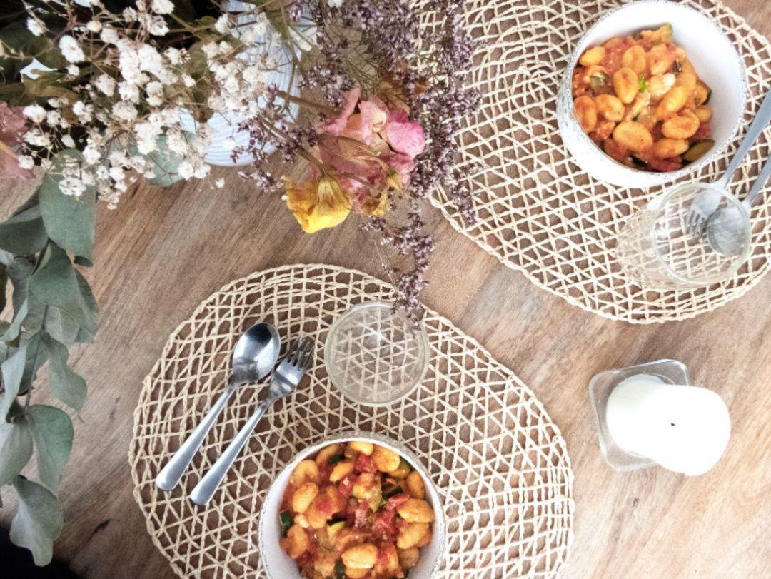 recette-vegetarienne-gnocchis-feta-courgette